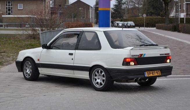 Peugeot 309 wit